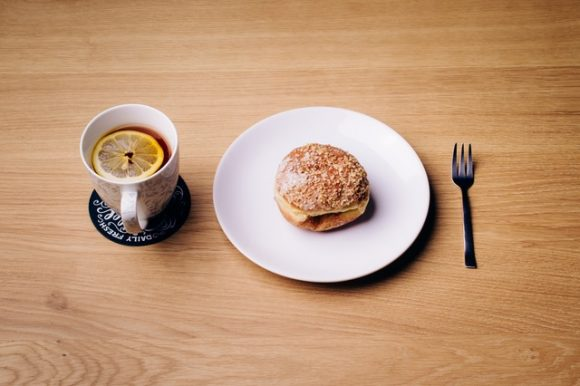 food-plate-wood-cup