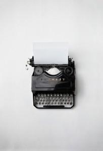 typewriter-498204_640
