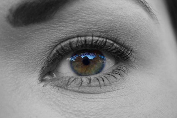 woman-face-eye